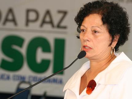 Nilcéia Freire